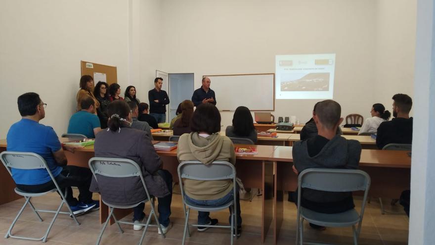 Inicio del Programa de Formación en Alternancia con el Empleo 'Puntallana Construye en Verde'.