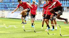 Los jugadores del CD Tenerife, en el entrenamiento previo al duelo frente al Numancia