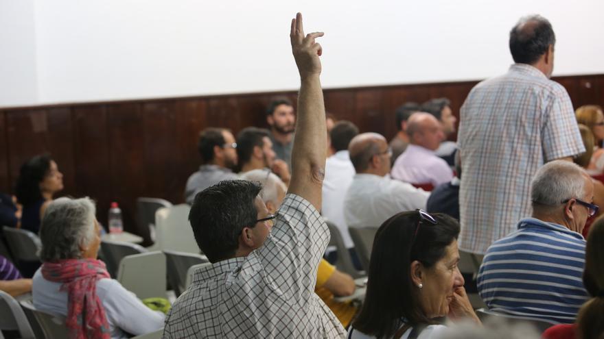 Javier Doreste en la Asamblea de Podemos en Las Palmas de Gran Canaria (Alejandro Ramos)