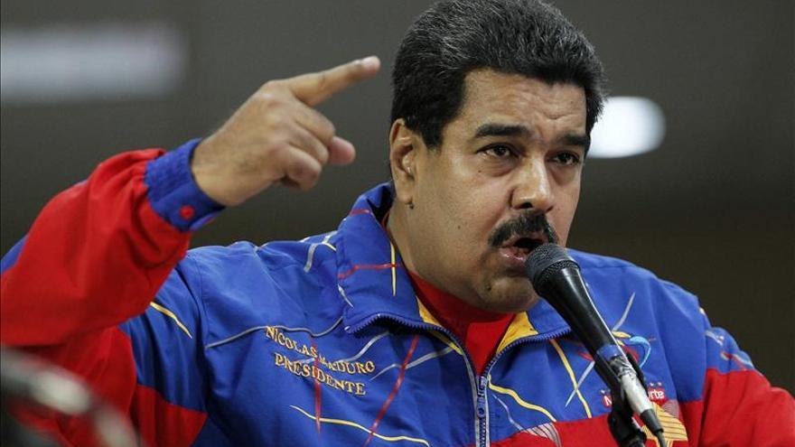 """Maduro recuerda a Romero, """"mártir"""" de """"todos"""" los pueblos de América"""
