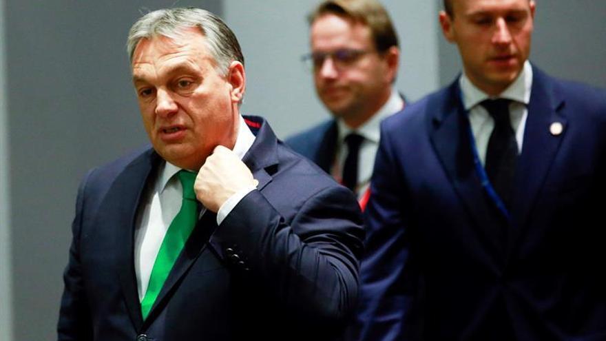 La última jugada de Orbán: debilitar a la oposición de ultraderecha
