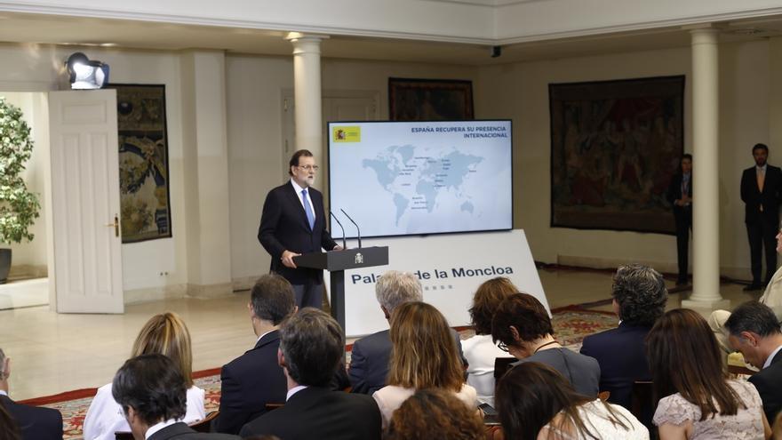 """Rajoy dice que actúa para proteger a los catalanes de un proyecto """"divisivo que se intenta imponer a las bravas"""""""