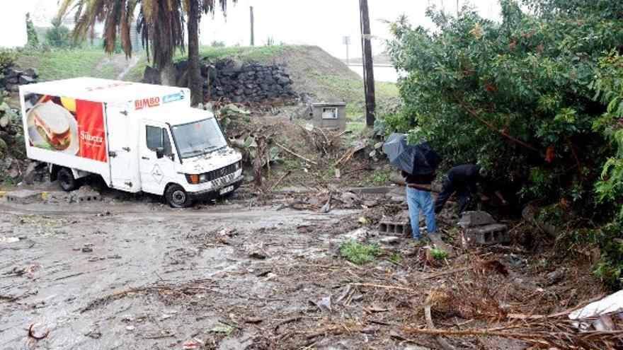 De los daños de la lluvia en LPGC (I) #7