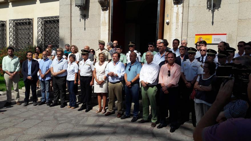 Minuto silencio Delegacion Gobierno Extremadura