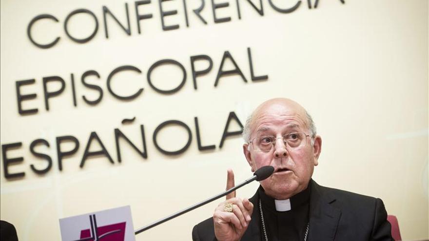 """Los obispos reclaman """"la más amplia generosidad"""" para los refugiados y ofrecen centros de acogida"""