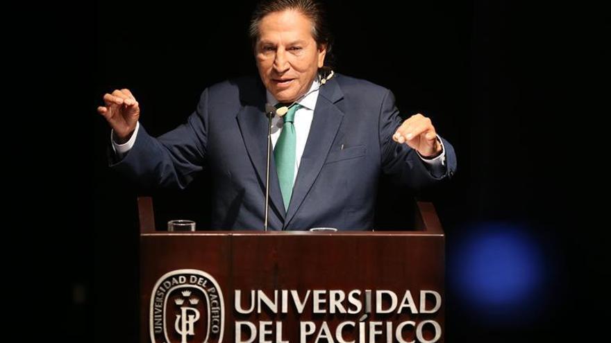 El partido de Toledo apoya a Kuczynski en la segunda vuelta de los comicios peruanos