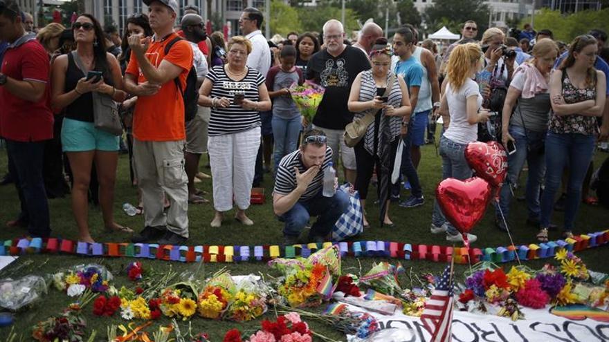 EE.UU. investiga aún la matanza de Orlando y reabre el debate sobre las armas