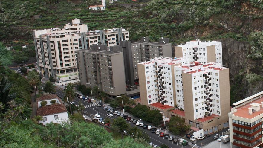 Imagen de la zona alta de la Avenida de El Puente.