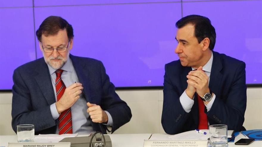 """Rajoy defiende pedagogía con Cataluña, no """"sacar conejos de la chistera"""""""