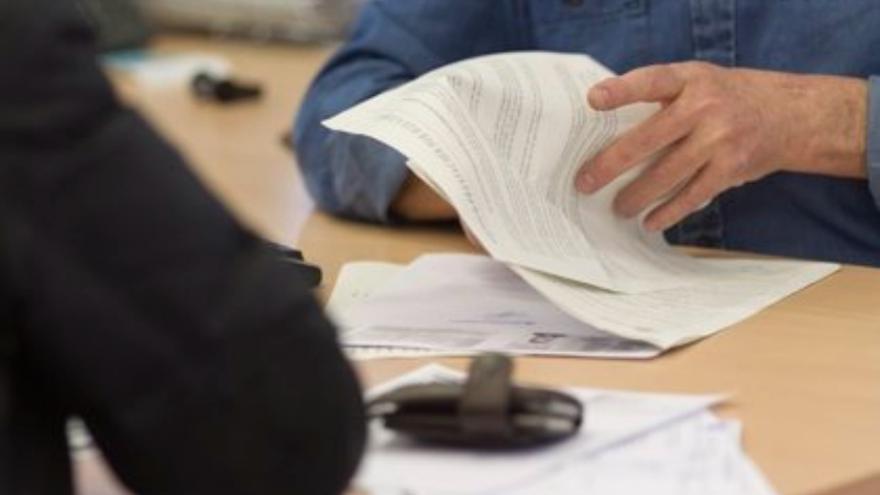 """UGT urge al Gobierno a modificar el """"obsoleto"""" decreto sobre el teletrabajo en la Administración de Castilla-La Mancha"""
