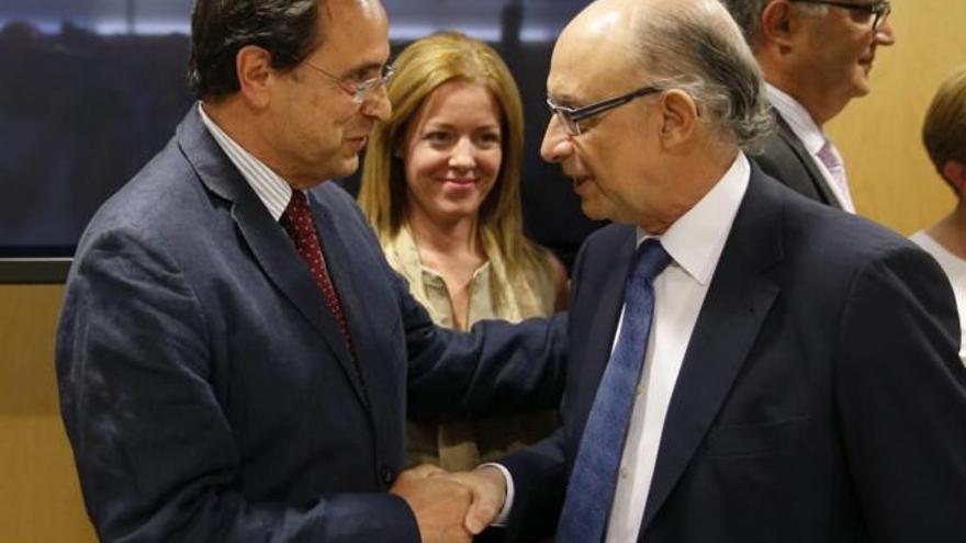 Vicent Soler y Cristóbal Montoro en el Consejo de Política Fiscal y Financiera.