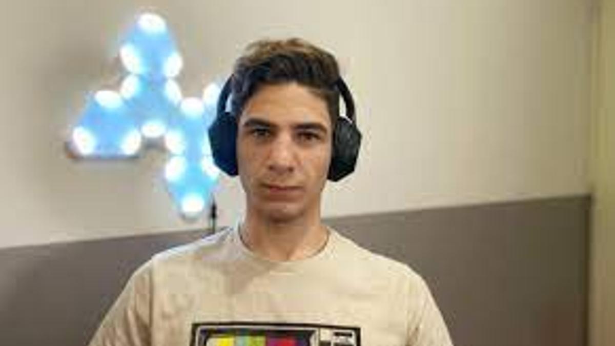 Damián Catanzaro tiene 25 años y es el creador de la app Cafecito.