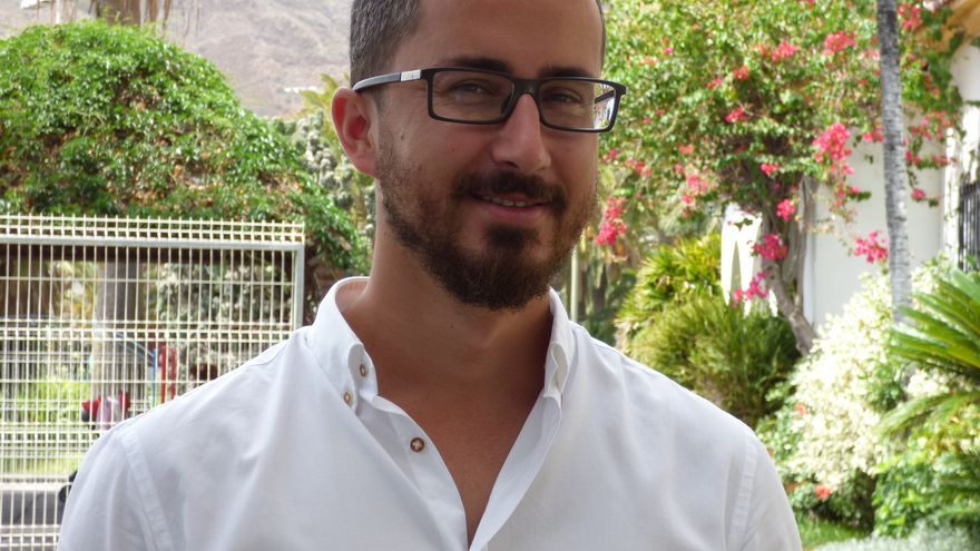 Bernardo López.