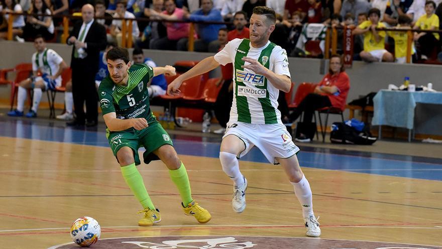 Cordero, ante el UMA Antequera en la temporada 2017-18 | TONI BLANCO