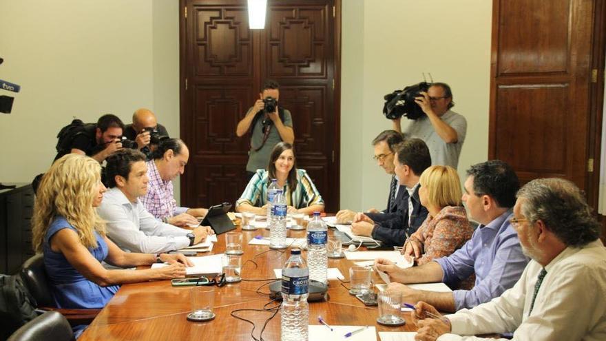 Primera reunión de la comisión de trabajo para la investigación del robo de 4 millones en la EMT