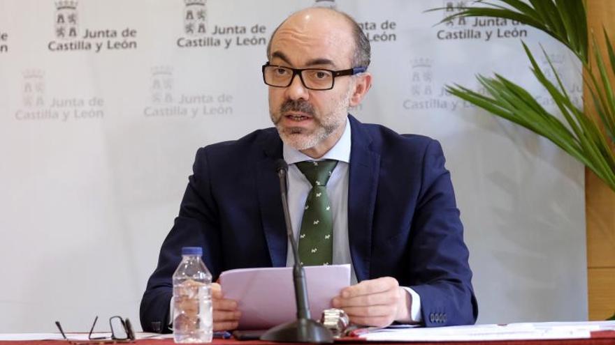 +El consejero de Cultura y Turismo de la Junta de Castilla y León, Javier Ortega, comparecen en rueda de prensa telemática para informar de la situación en Castilla y León en relación al COVID-19, este miércoles en Valladolid.