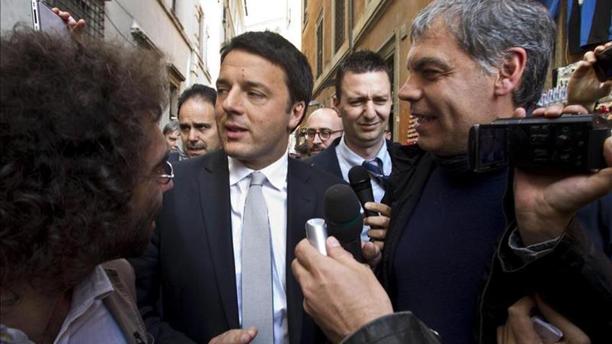 Renzi propone reducir el Senado italiano a 150 miembros, todos sin sueldo