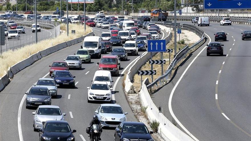 Comienza la primera salida por carretera del verano con tráfico de viernes