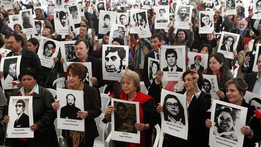 """Identifican 5 víctimas de caso """"Caravana de Muerte"""" durante dictadura chilena"""