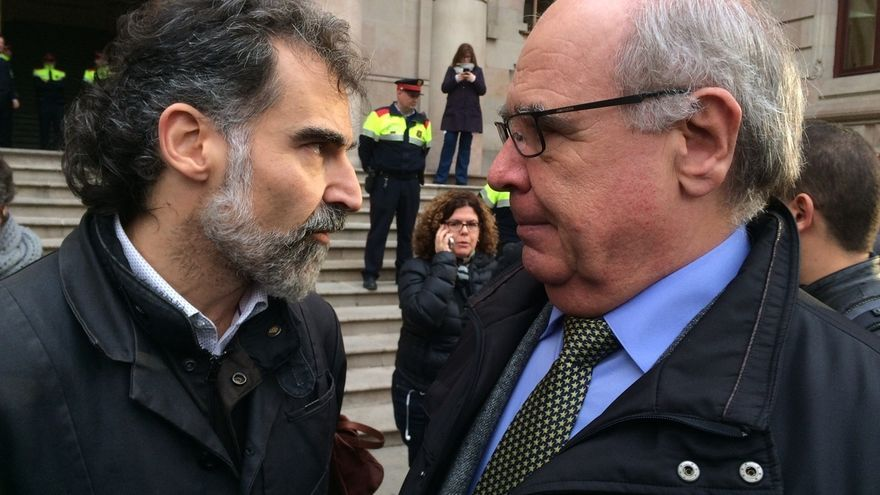 """Òmnium llama la unidad de los catalanes ante una """"hora grave"""" para Cataluña"""