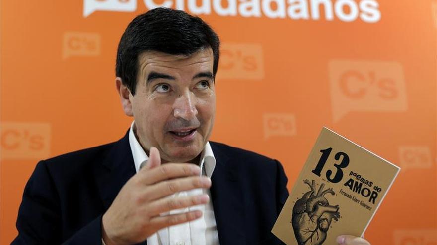 """El candidato de Ciudadanos a la alcaldía de Valencia cree que tras 25 años """"hay que dejar correr el agua"""""""