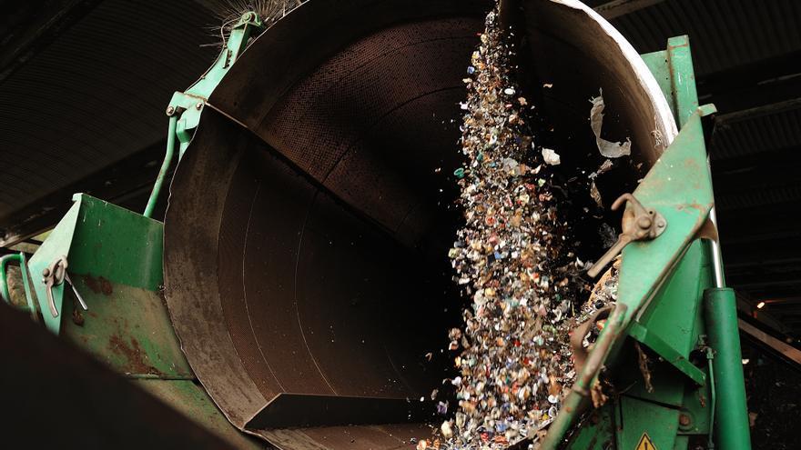 Trómel utilizado para romper y vaciar cápsulas de café en la planta de Tradebe.