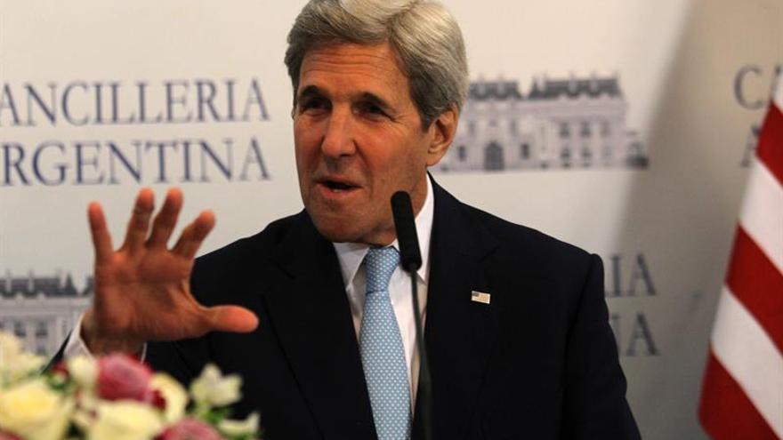 """Kerry augura un """"duro debate"""" sobre la política exterior en la era de Trump"""