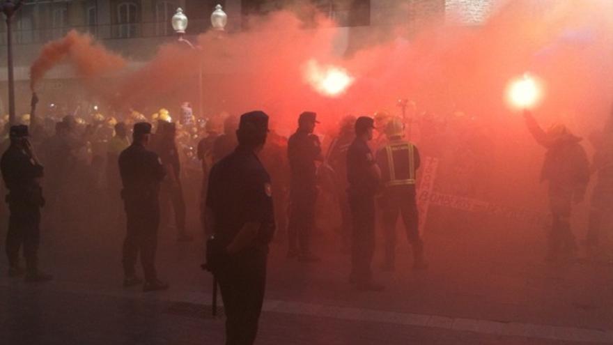 De las protesta de los bomberos #4