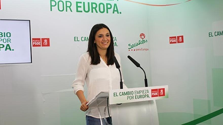 María Márquez, número 2 de la lista del PSOE onubense, y relevo de los clásicos de su partido.