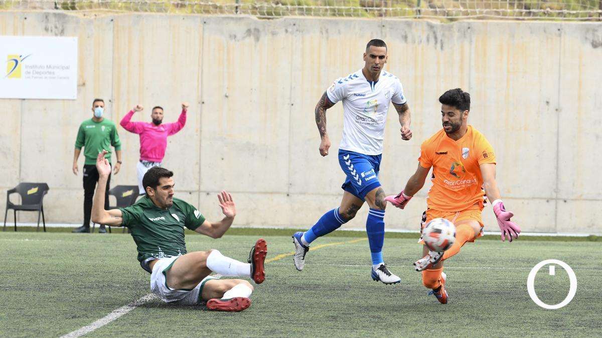 Bernardo, en su gol ante el Tamaraceite.