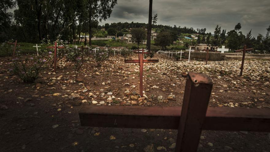 Quizá nunca se sabrá cuántos muertos provocó el genocidio en Ruanda. Se calculan que entre 500.000 y 1.000.000. Si la cifra de 800.000 víctimas, la más barajada, es la más exacta, equivaldría al 11% del total de la población y al 80% de los tutsis que vivían en el país. Fotografía: Juan Carlos Tomasi /MSF