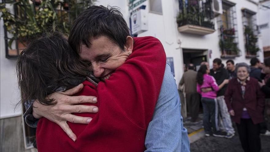 Los estudiantes de Laujar (Almería) traen el Gordo a su pueblo