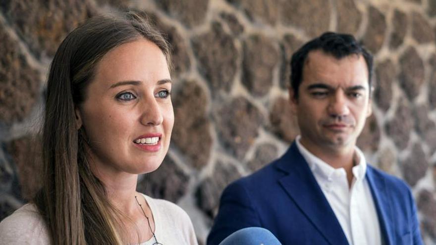 Melisa Rodríguez y Saúl Ramírez. (EFE/Ángel Medina G.)