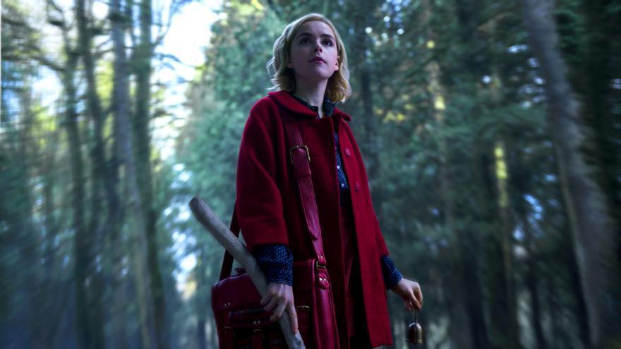 Netflix anuncia la fecha de estreno de Las escalofriantes aventuras de Sabrina, versión oscura de la famosa bruja de TV