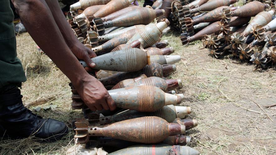 Proyectiles utilizados por las fuerzas rebeldes en el sur de Burundi, 3 de febrero de 2005. Copyright: UN Photo/Martine Perret
