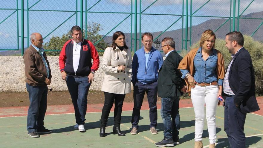 Imagen de la visita realizada al colegio público Adamancasis.
