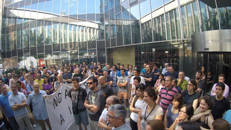 Concentración de trabajadores de Indra en Barcelona. Foto: CGT