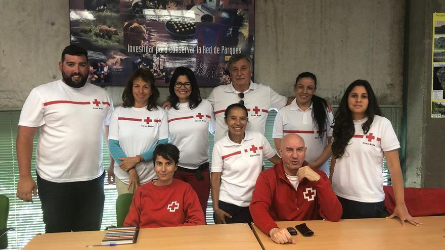 Grupo de Cruz Roja La Palma que participa en el proyecto 'Moviéndonos por los Parque Nacionales'.