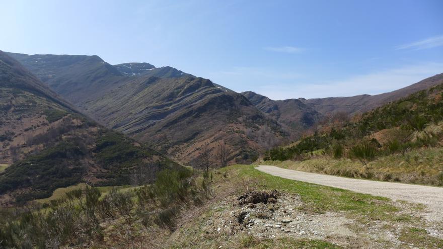 Un paisaje típico del Courel, en el lugar de Visuña