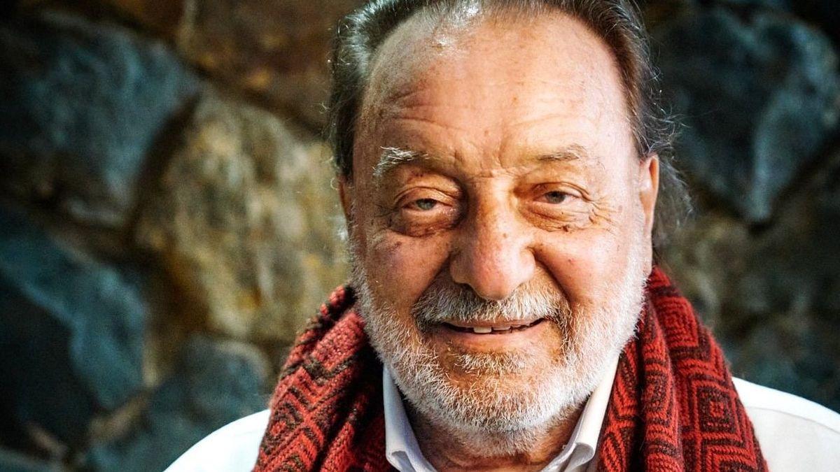 El trovador chileno Patricio Manns
