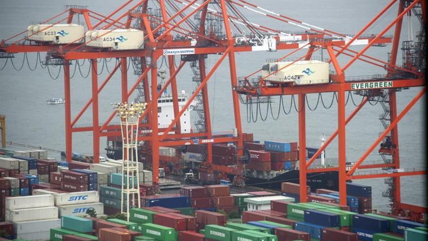 Japón registró un superávit comercial de 2.166 millones de euros en octubre
