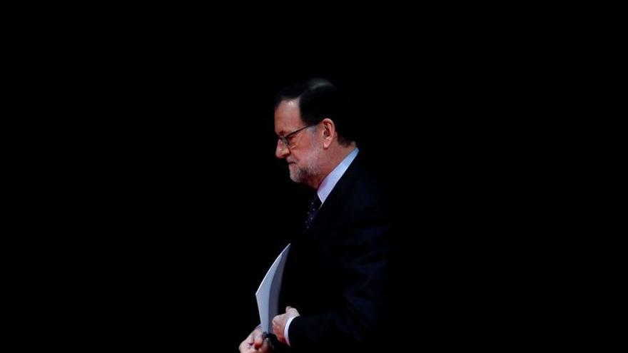 Rajoy elogia la utilidad del libro blanco de la UE presentado hoy por Juncker