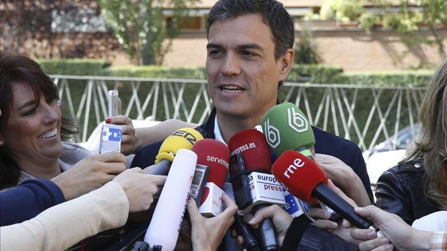 Sánchez se reúne con su Ejecutiva en Ferraz para seguir el escrutinio