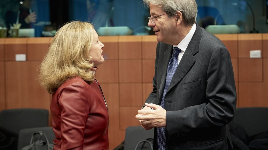 From left to right: Ms Nadia CALVIÑO, Spanish Minister for Economic Affairs and Digital Transition; Mr Paolo GENTILONI, European Commissioner for Economy.
