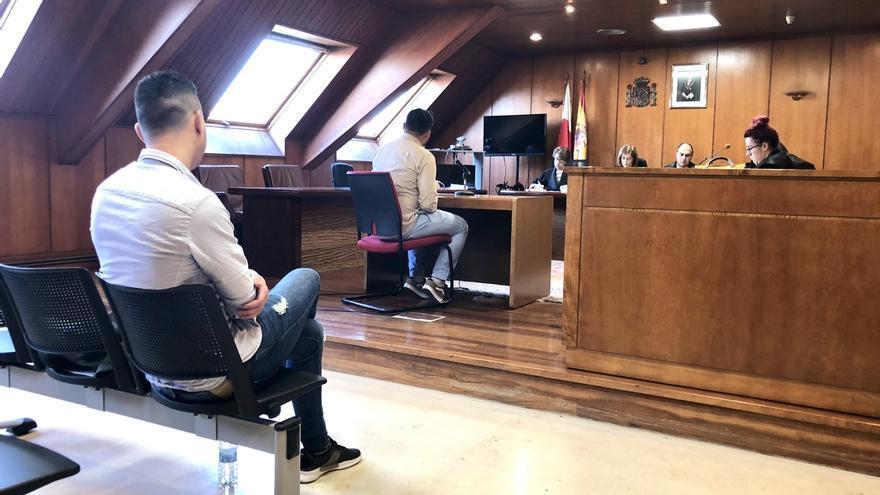 Los acusados de agredir sexualmente a una joven en Laredo niegan los hechos y ella confirma su versión