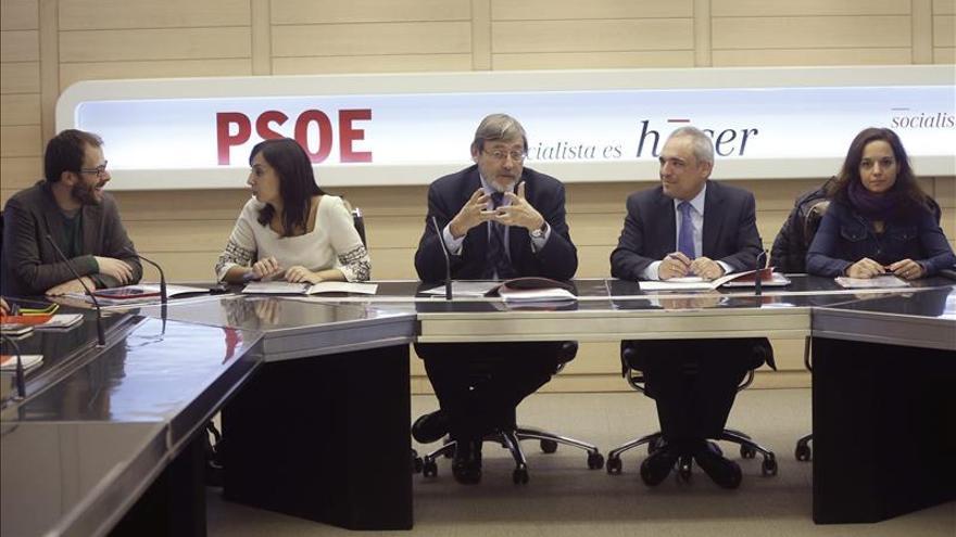Simancas recuerda a T.Gómez que las listas que él lideró tuvieron apoyos del 40 por ciento