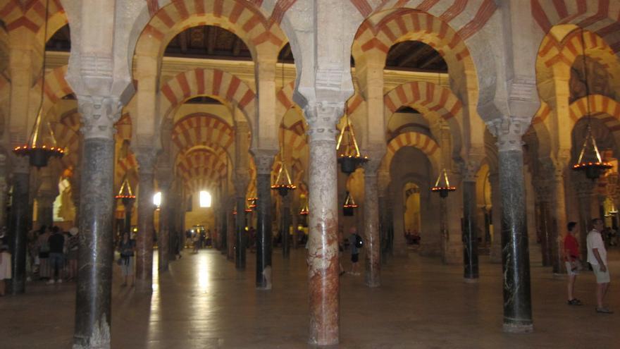 Las reivindicaciones sobre la Mezquita Catedral se ha convertido en el buque insignia de los grupos que piden que la Iglesias pague determinados impuestos