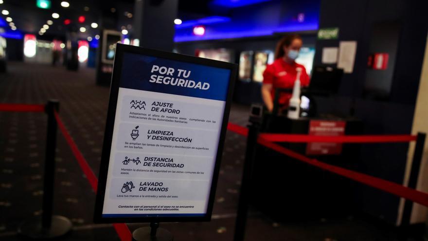 Yelmo y Ocine se unen a los cierres temporales de salas de cine en España
