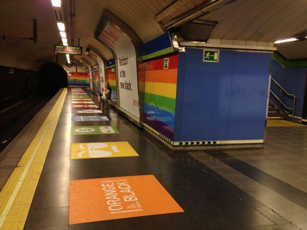 Campaña de Netflix estación Metro Chueca por el Orgullo 2016