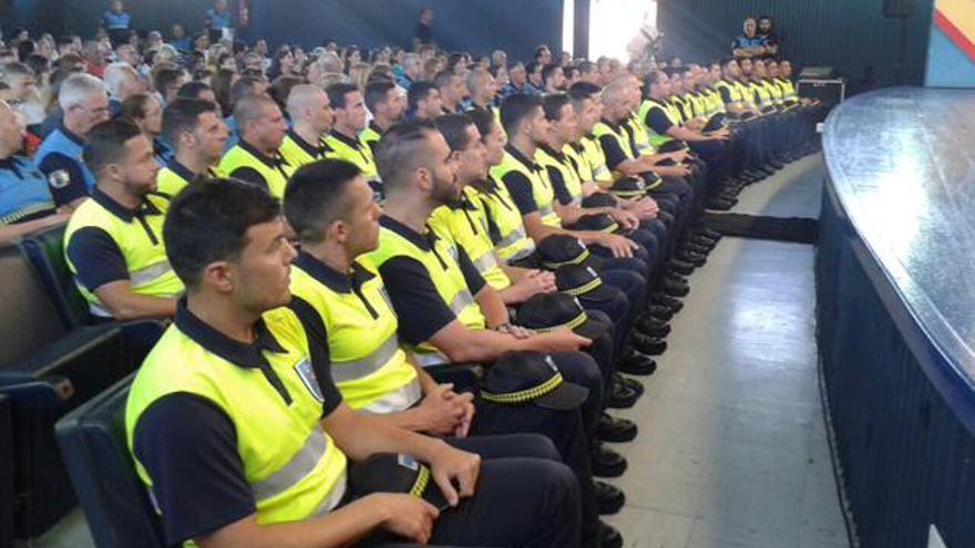 Toma de posesión de los 40 primeros agentes de movilidad. Foto: Twitter Agentes de movilidad.